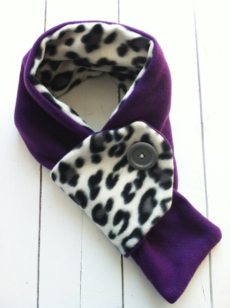 Toddler Fleece Button Scarf | chucksforchancho