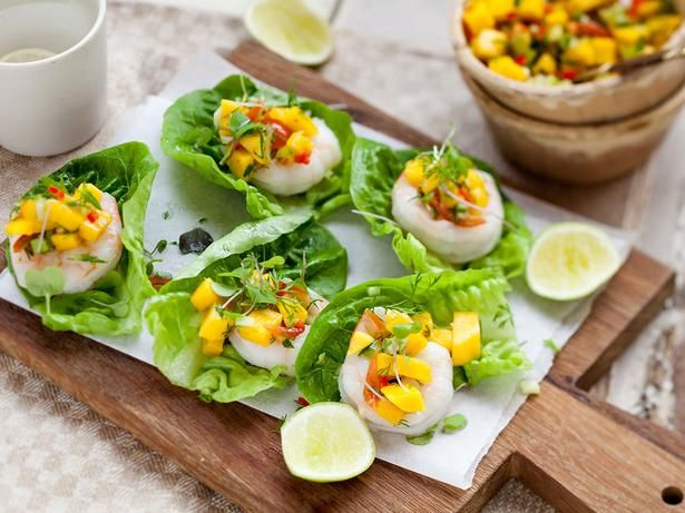 Lettuce Cups Recipe with Prawn and Mango - Viva