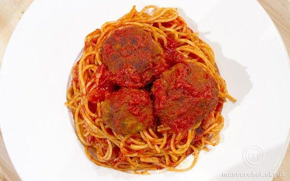 Spaghetti with meatballs - http://masterchef.sky.it/ricette/primo/spaghetti-meatballs/