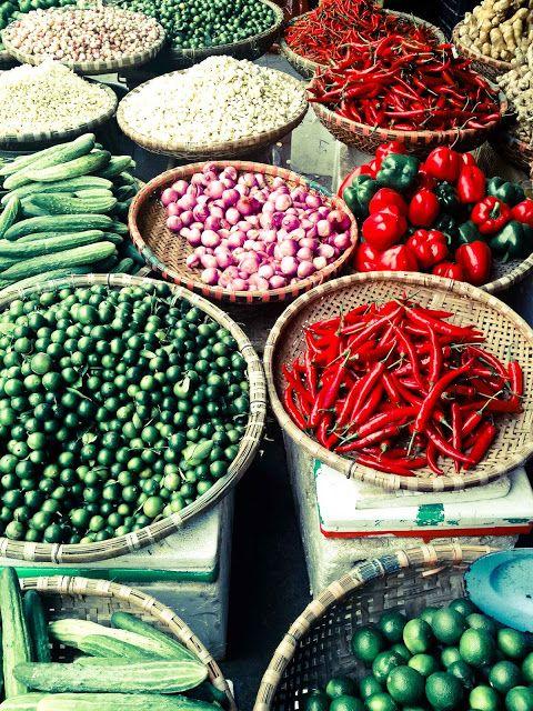 Amazing produce in Vietnam http://viaggi.asiatica.com/