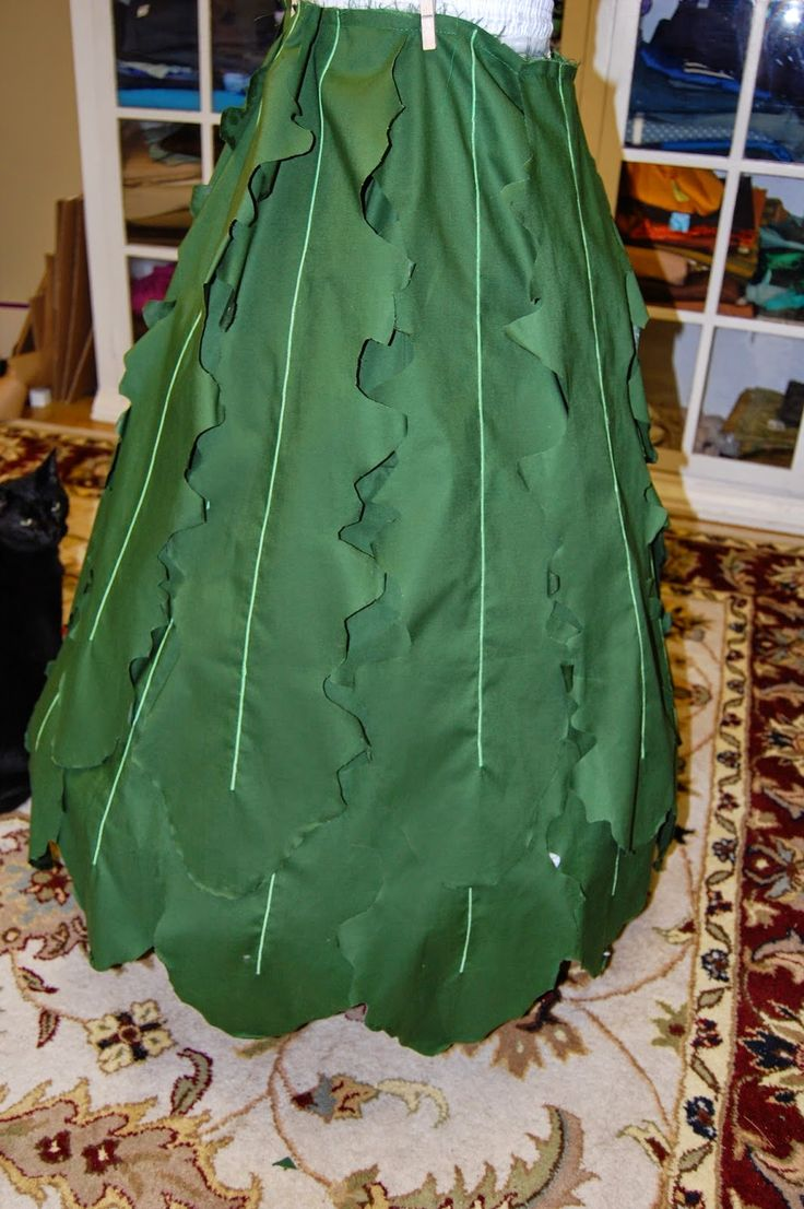 Tales from the Sewing Dungeon: Dandelion costumes that won't make you sneeze…