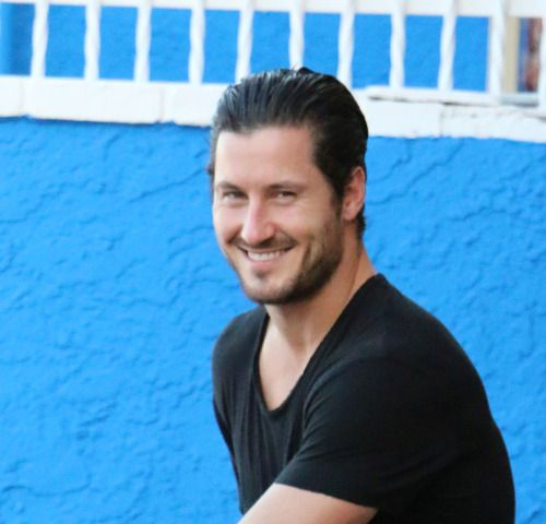 val chmerkovskiy talks about zendaya