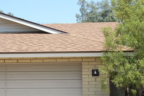 Best Houses With Desert Tan Roofs Shingle Roofs Sierra Gray Shingle Exterior Exterior Paint 400 x 300