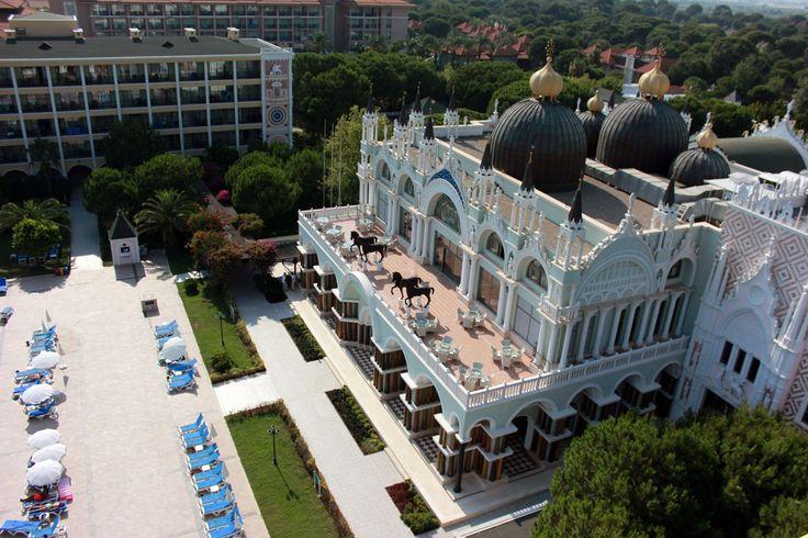 Don't forget to share your best Venezia Palace #moments with us! 📷🎥😍💕🎊🔆 En iyi Venezia Palace anlarınızı bizimle paylaşmayı unutmayın! #followus #twitter #instagram #veneziapalace www.veneziapalace.com