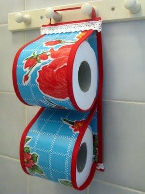 Tafelzeil toiletpapier houder. Zelfgemaakt van mij - voor jou: tafelzeil