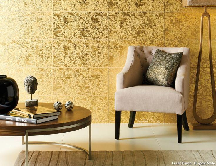 De l'or sur les murs du salon ! #carrelage