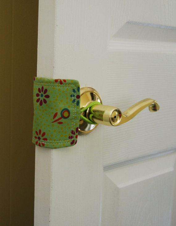 Quiet Baby  Door Silencer- I am SO going to make this when we have grandbabies (too bad I didn't think of it for my two)!Grandbaby