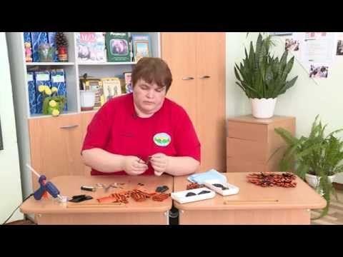Видеоурок «Как сделать брошь из георгиевской ленточки» - YouTube