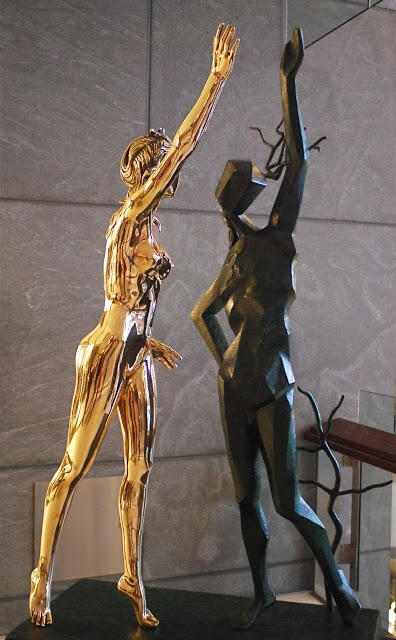 """NYC ♥ NYC: """"The Vision Of A Genius"""" - Salvador Dali Sculpture Exhibit At The Time Warner Center"""