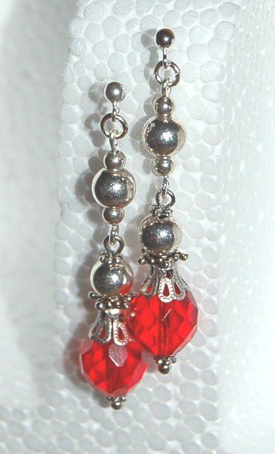 """Örhängen """"Christmas dream"""" - Örhängen med silverpläterade silverpärlor och glaspärla"""