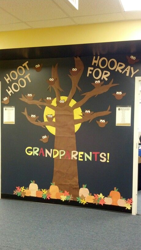 look at what my awesome room mom did for grandparents day