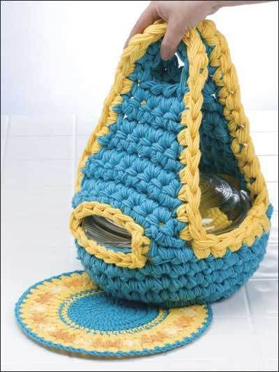 Casserole Carrier free crochet pattern - 10 free Crochet Hotpad Potholder Patterns