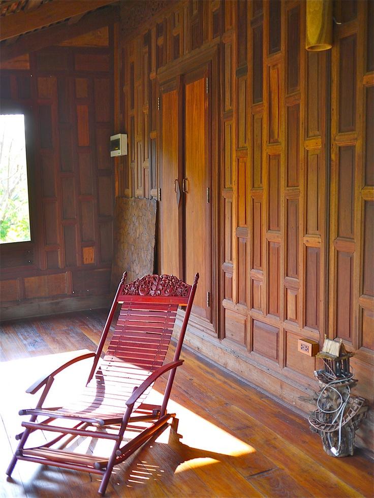 Thailand House Design: Indoor Wood Patio @ JNAG Thai House Resort
