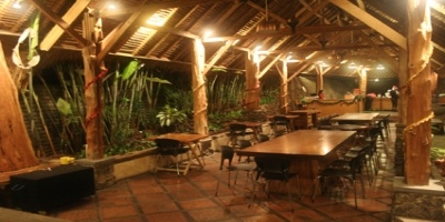 Congo Cafe, Dago Pakar, Bandung-Indonesia. I have a nice memory there :)