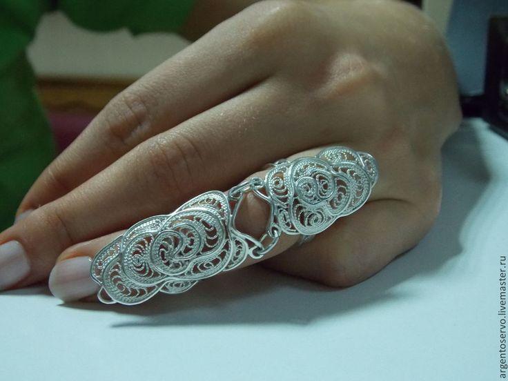 """Купить Двойное кольцо из серебра в технике филигрань """"Восточное прикосновение - белый, филигрань серебро"""