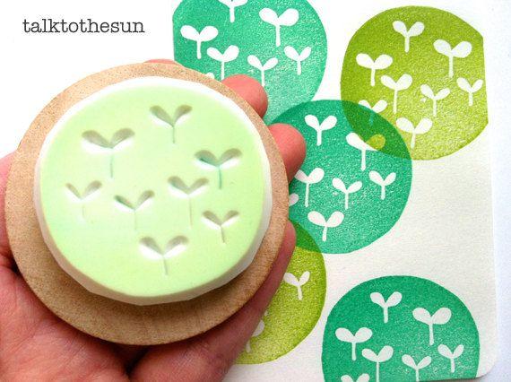 jardin timbre en caoutchouc. timbre en caoutchouc sculpté à la main. tampon de motif de cercle. choux vert. montée sous passe-partout.