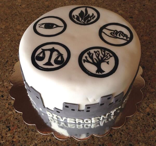 And it's chocolate cake. This cannot get any better! ~Divergent~ ~Insurgent~ ~Allegiant~