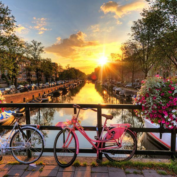 An unbelievable price for a stunning Amsterdam vacation, with flights and hotel included! Explore the fascinating city, famous for its museums, canals, and bikes!