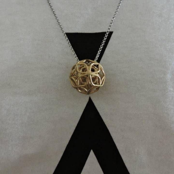 trifolium pendant image