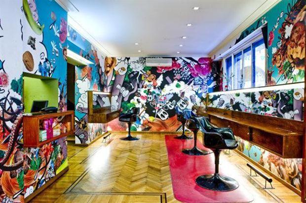 Conocé las mejores peluquerías de Buenos Aires, y descubrí su estilo  Roho tiene un espíritu rockero y vanguardista