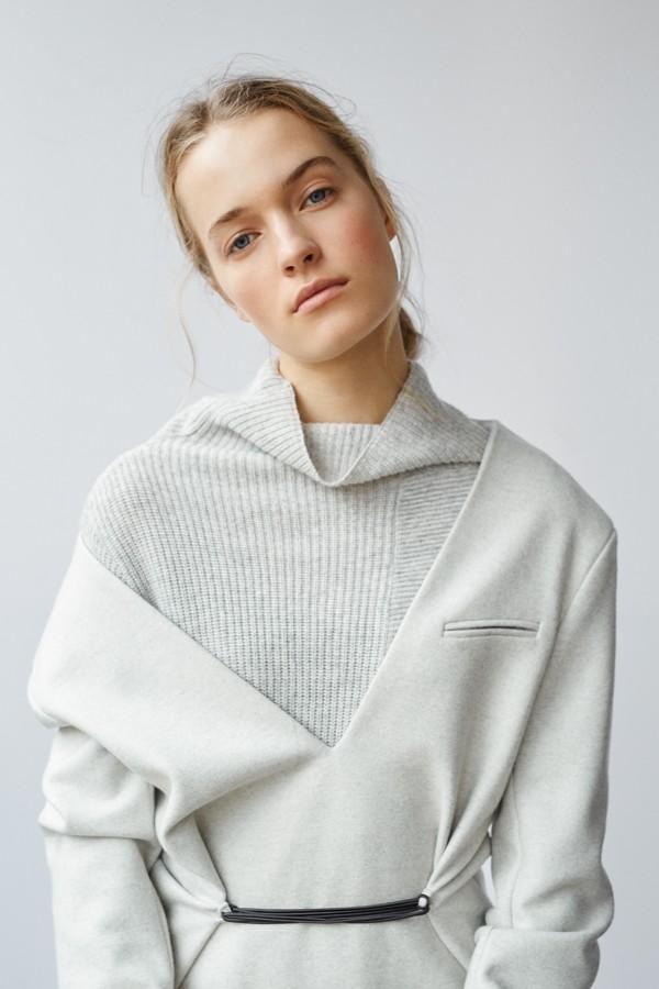 Esti (Harper's Bazaar Turkey)