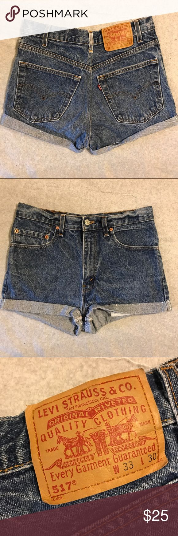 "Vintage High Rise Levi's 517 EUC / 100% cotton cuffed shorts size 33 but waist measurement is approx 14"" flat Levi's Shorts Jean Shorts"