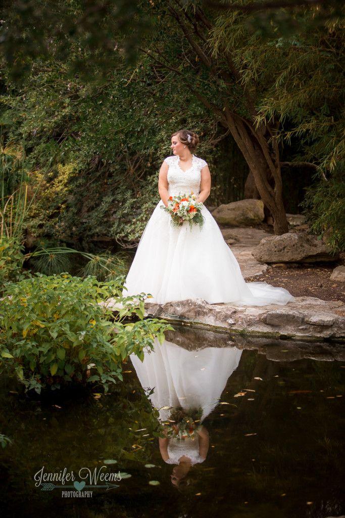 Zilker Botanical Gardens Bridal Photo by Jennifer Weems Photography, Bride, Austin Wedding Photographer, Zilker Botanical Garden bride, wedding dress, petal pushers, austin, photographer, www.jenniferweems.com
