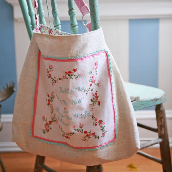 OOAK. Vintage Hanky and Natural Linen Tote. Vintage Repurposed. Very cute bag....