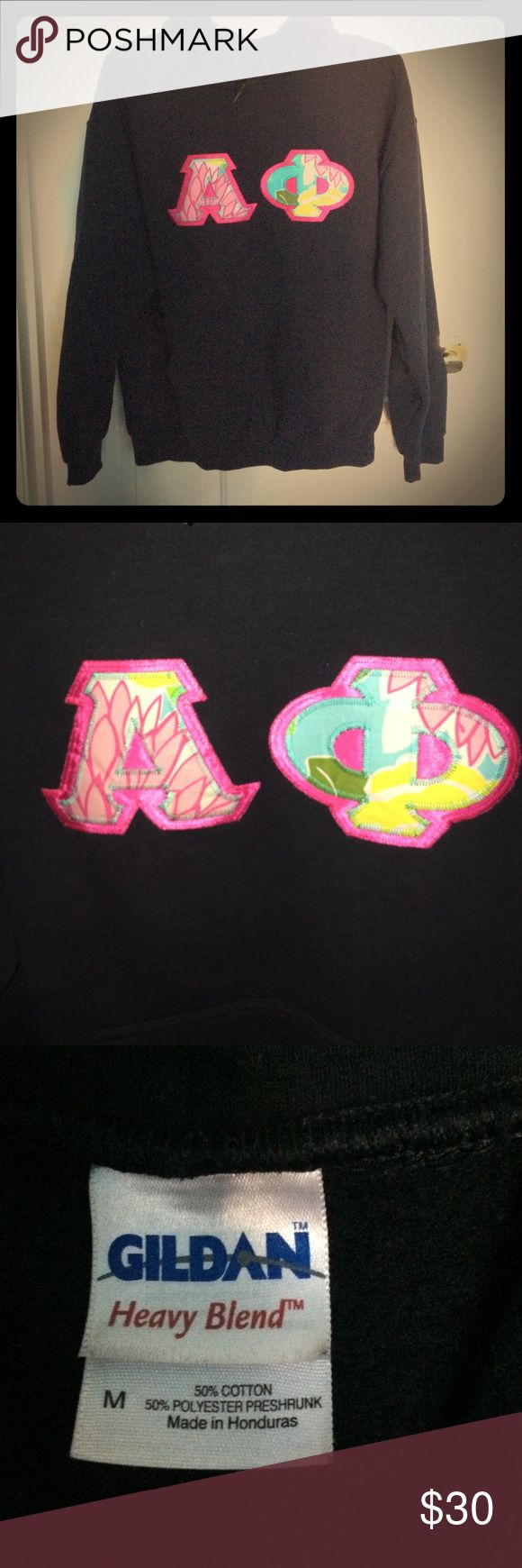 Alpha Phi stitched hoodie sweatshirt Alpha Phi hoodie sweatshirt. Letters are Vera Bradley themed and are stitched. New like condition, only worn a couple times. Gildan Tops Sweatshirts & Hoodies