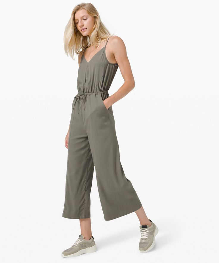 21 Airy Cotton Jumpsuits To Float Through A Heatwave In+#refinery29 Fall Outfits, Summer Outfits, Cute Outfits, Day To Night Dresses, Cotton Jumpsuit, Sporty Chic, Jumpsuits For Women, Lounge Wear, Model