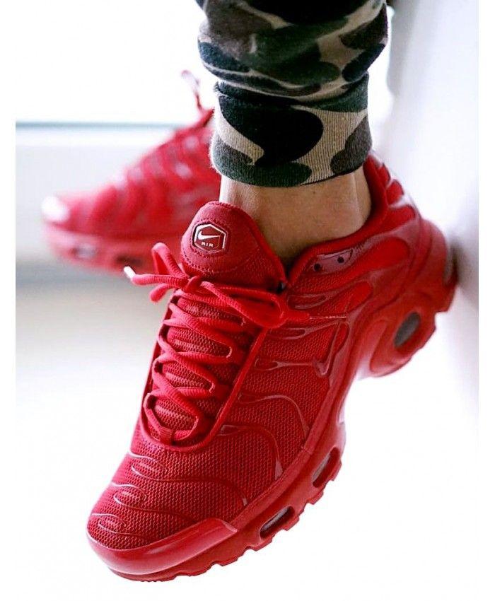 Nike Air Max Plus Womens Lava Red