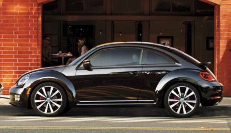 The German car maker seems ready to excite their iconic hatchback once again by launching the 2013 Volkswagen Beetle. The new VW Beetle will still recite its timeless shape. However, with some additions to give it a modern touch, include exterior, interior and features. The most notable point about this VW car is its interior space which is more than any other competitors. Unfortunately, its price is considered too expensive on its class.