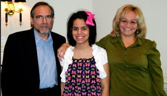 The dream team- Mano with her dad, a music professor, and mom, a counselor. Photo courtesy the Kolman Family. Kolman site.