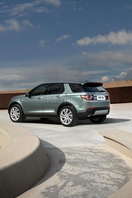 2015 Land Rover Discovery Sport Leaked Ahead of Tomorrow's Debut [Photo Gallery] [Update] - autoevolution