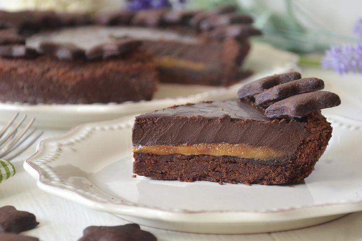 Crostata caramello salato e cioccolato, scopri la ricetta: http://www.misya.info/ricetta/crostata-caramello-salato-e-cioccolato.htm