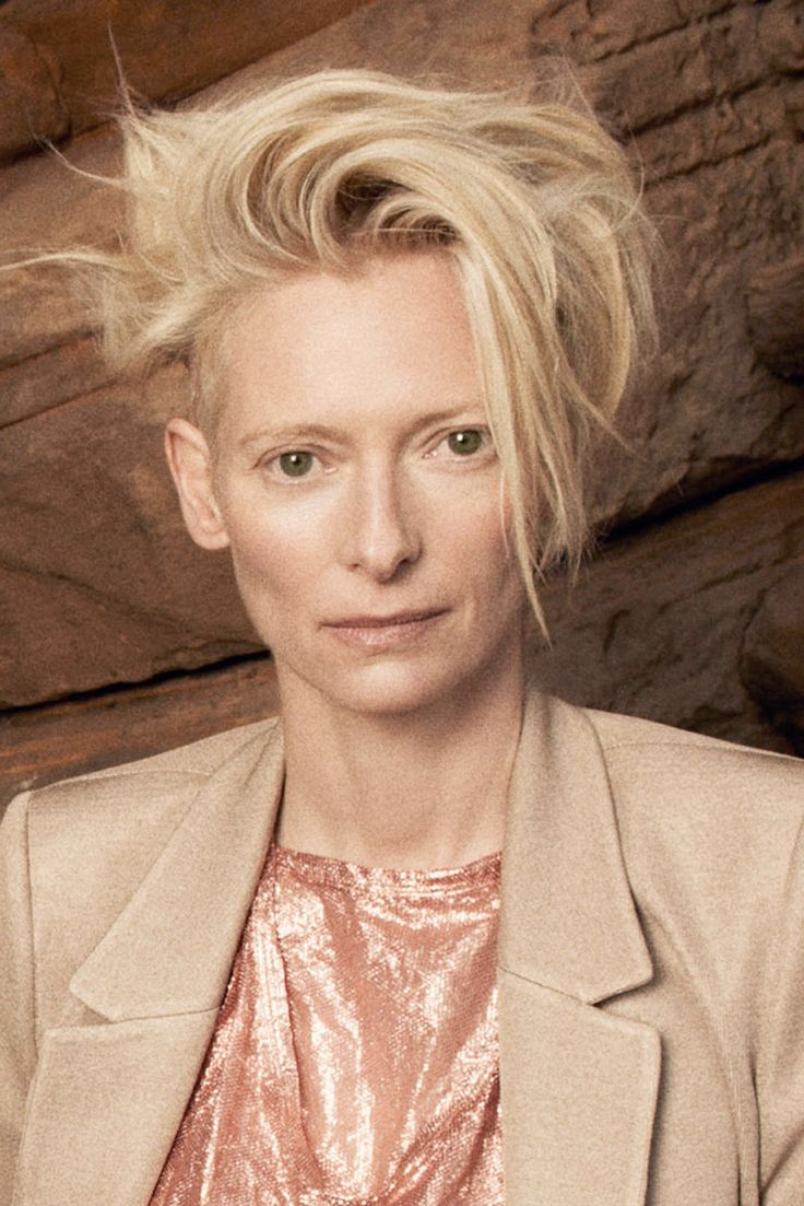 I've got kind of Tilda Swintony hair right now. Don't know how else to properly describe it. It's a very specific haircut.