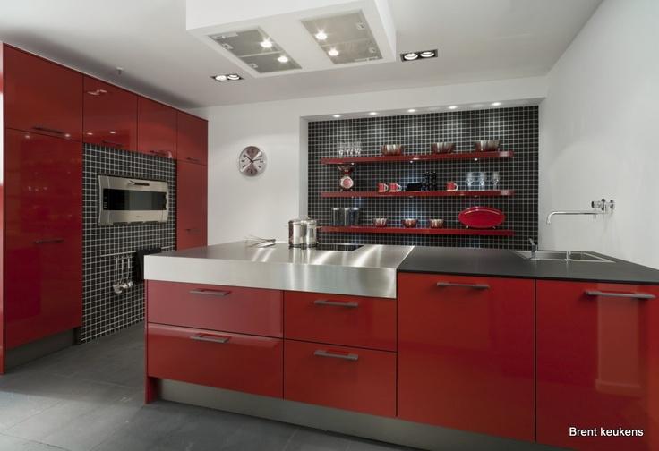 Rode Keuken Tegels : keuken bij Van Wanrooij keuken- en badkamerspecialisten Rode keukens