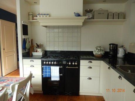 Dinie Beute zegt: Wij zijn zeer tevreden over onze nieuwe keuken. Arma Keukens en Sanitair Nunspeet - Keukens - Badkamers 146 ervaringen reviews en beoordelingen | Qasa.nl
