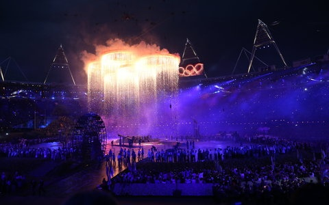 The rings breaking out of the sky: Summer Olympics, Summer 2012, Open Ceremony, 2012 Olympics, Olympics Rings, Olympics Open, 2012 Summer, Olympics 2012, 2012 London