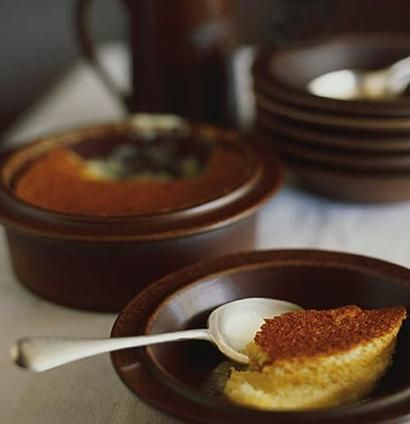 Japie se gunsteling is the ultimate winter pud. The dish was originally created by Ina de Villiers who wrote the ever-popular Kook en Geniet cookery book.