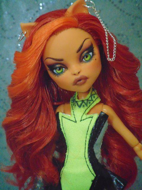 ~ Catrine ~ OOAK Monster High Toralei Repaint ~ by Bordello ~