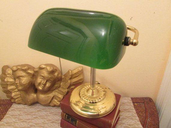 325 kr. Vintage Banker's Lamp Vintage Library Lamp by sistersvintageattic
