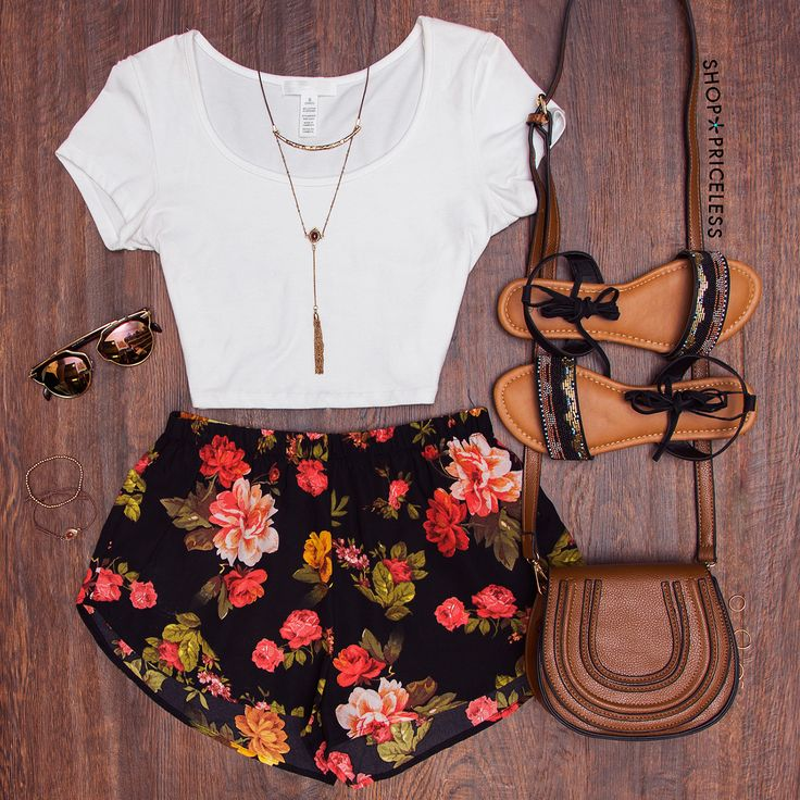 Oh Darling Floral Shorts - Black