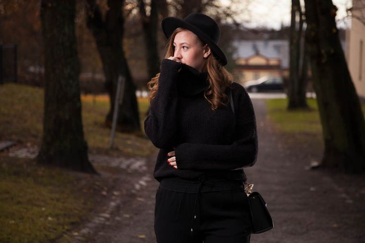 Emmy's Life - BLACK FROM TOP TO TOE http://emmys.life/2015/december/black-from-top-to-toe.html #outfit #fashionblog #finland #finlandssvensk #allblack #black #everythingblack