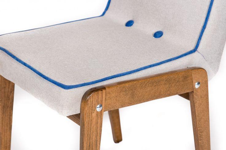 Znalezione obrazy dla zapytania krzesło aga renowacja
