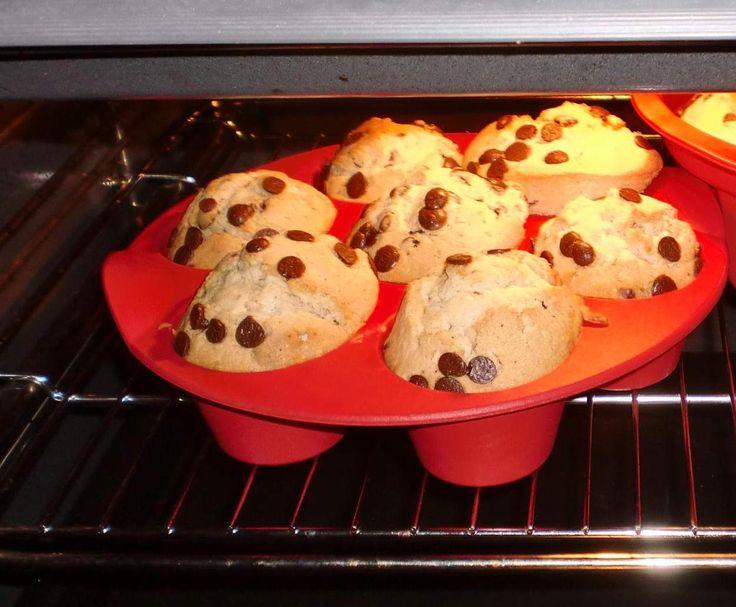 schoko eierlik r muffins mit schokost ckchen recipe muffins backen and rezepte. Black Bedroom Furniture Sets. Home Design Ideas
