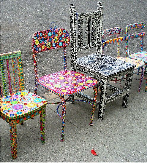 Such an amazing idea for old, crappy chairs