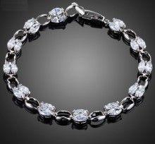 bratara eleganta cu cristale de black friday http://www.bijuteriifrumoase.ro/cumpara/bratara-mireasa-cubic-zirconia-1544