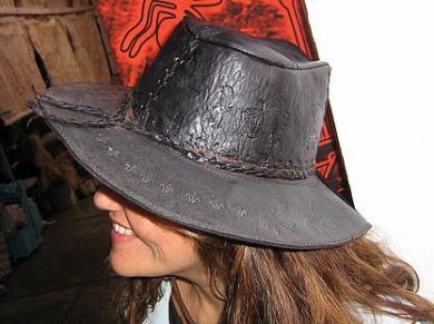 #Peruanischer dunkelbrauner #Lederhut mit #Inka #Zeichen
