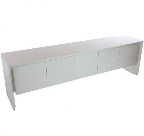 220Lx55Px75H . Design Selecionado. Buffet 5 portas com estrutura em MDF e acabamento em laca branca brilhante. Disponível em diversas opções de acabamentos e dimensões.